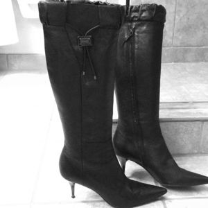Burberry Knee-High boots